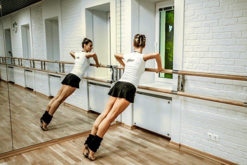 15 упражнений, которые сделают из вас Плисецкую или Барышникова. Изображение номер 3