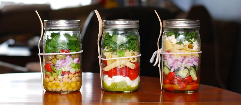 Полезный обед в баночке: 3 интересных рецепта